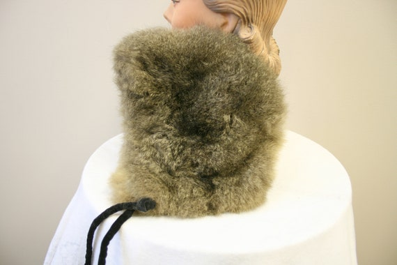 1960s Saks Fifth Avenue Fur Hat - image 6