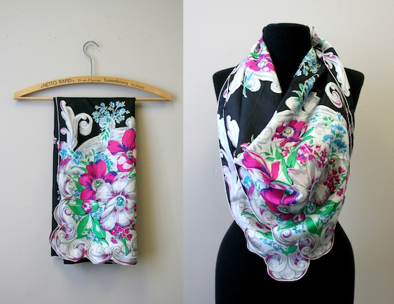 1940s Bright Floral Silk Scarf
