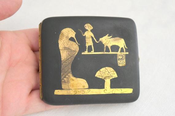 1920s Egyptian Revival Cigarette Case - image 3