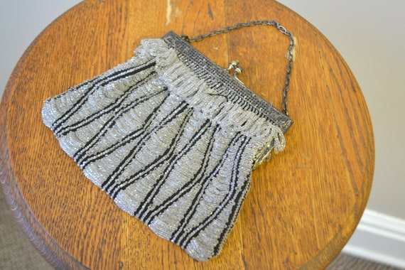 1920s/30s Clear and Black Beaded Purse - image 4