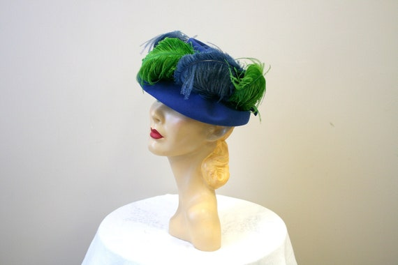 1940s Blue and Green Feather Hat