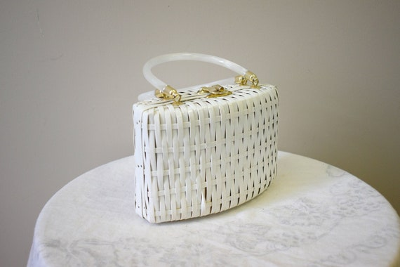 1960s White Wicker Purse with Lucite Handles