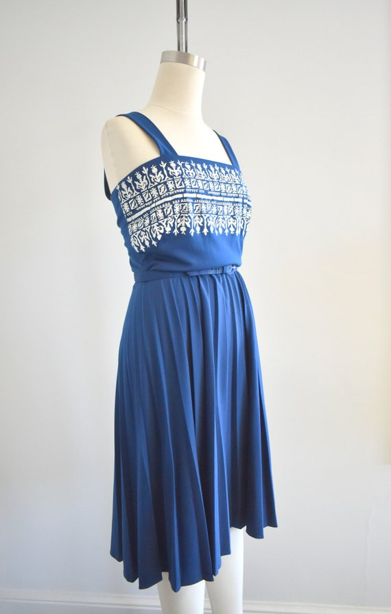1970s Alfred Shaheen Navy Knit Sundress - image 4