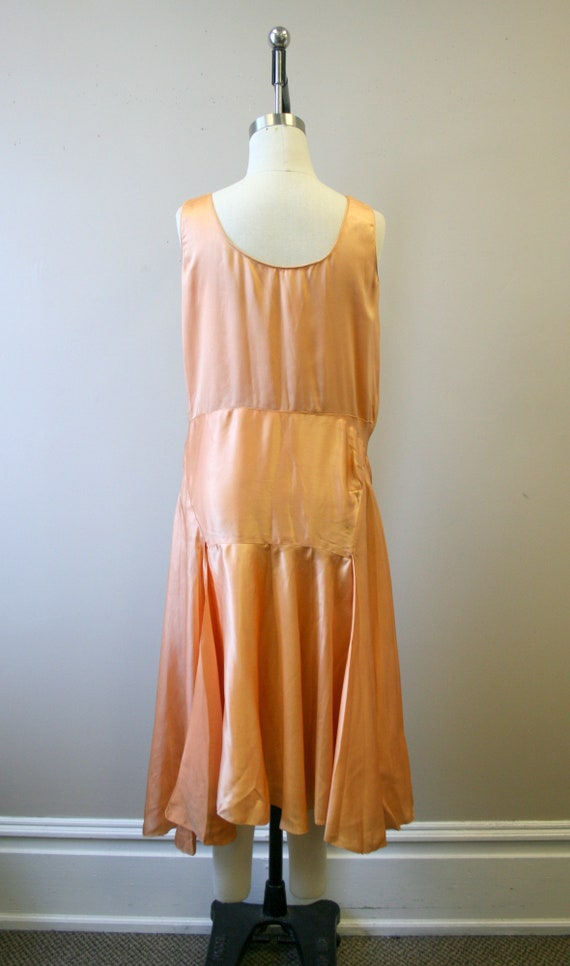 1920s/30s Peach Satin Drop Waist Evening Dress - image 5