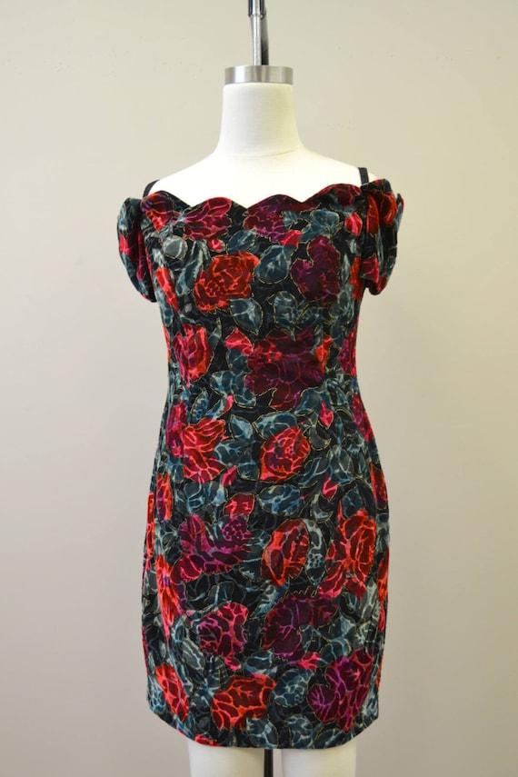 1980s Rose Print Velvet Mini Dress - image 2