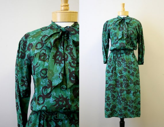 1940s Nelly Don Green Printed Dress
