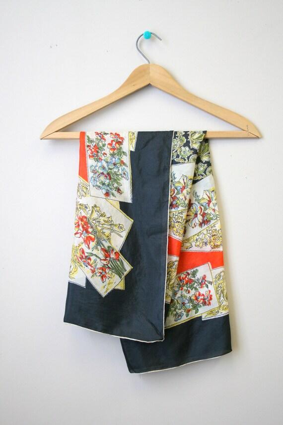 1940s Flower Print Silk Scarf - image 2