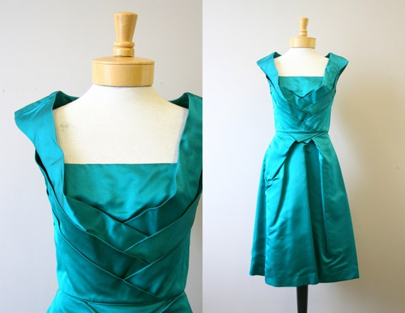 1950s Emerald Green Satin Cocktail Dress