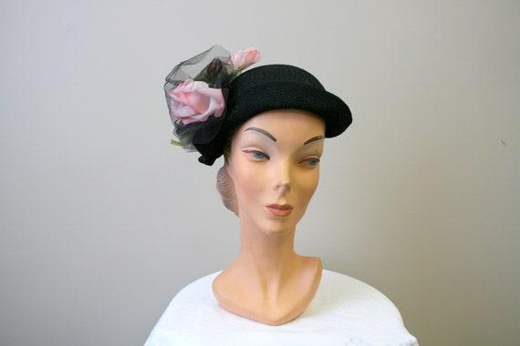 1940s Black Capulet Hat with Pink Roses