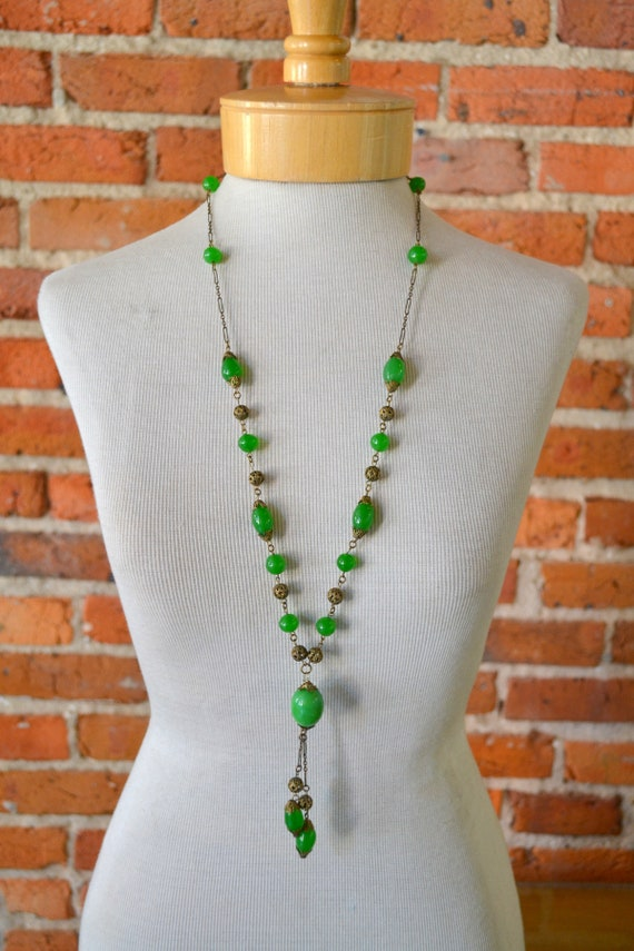 1920s Green Glass and Filigree Bead Necklace