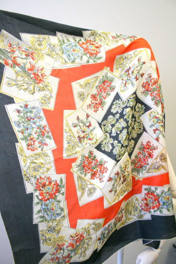 1940s Flower Print Silk Scarf - image 5