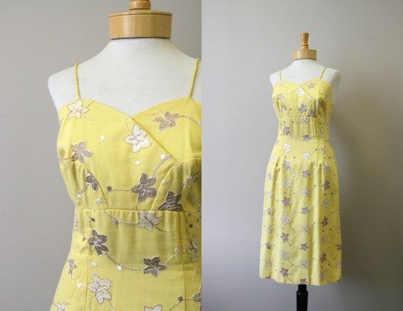 1950s Embroided Yellow Linen Wiggle Dress