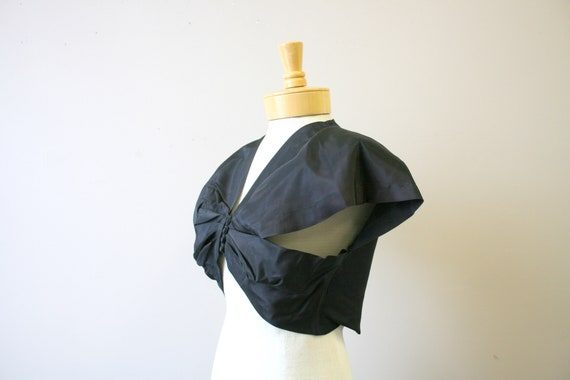 1940s Black Taffeta Bolero - image 3