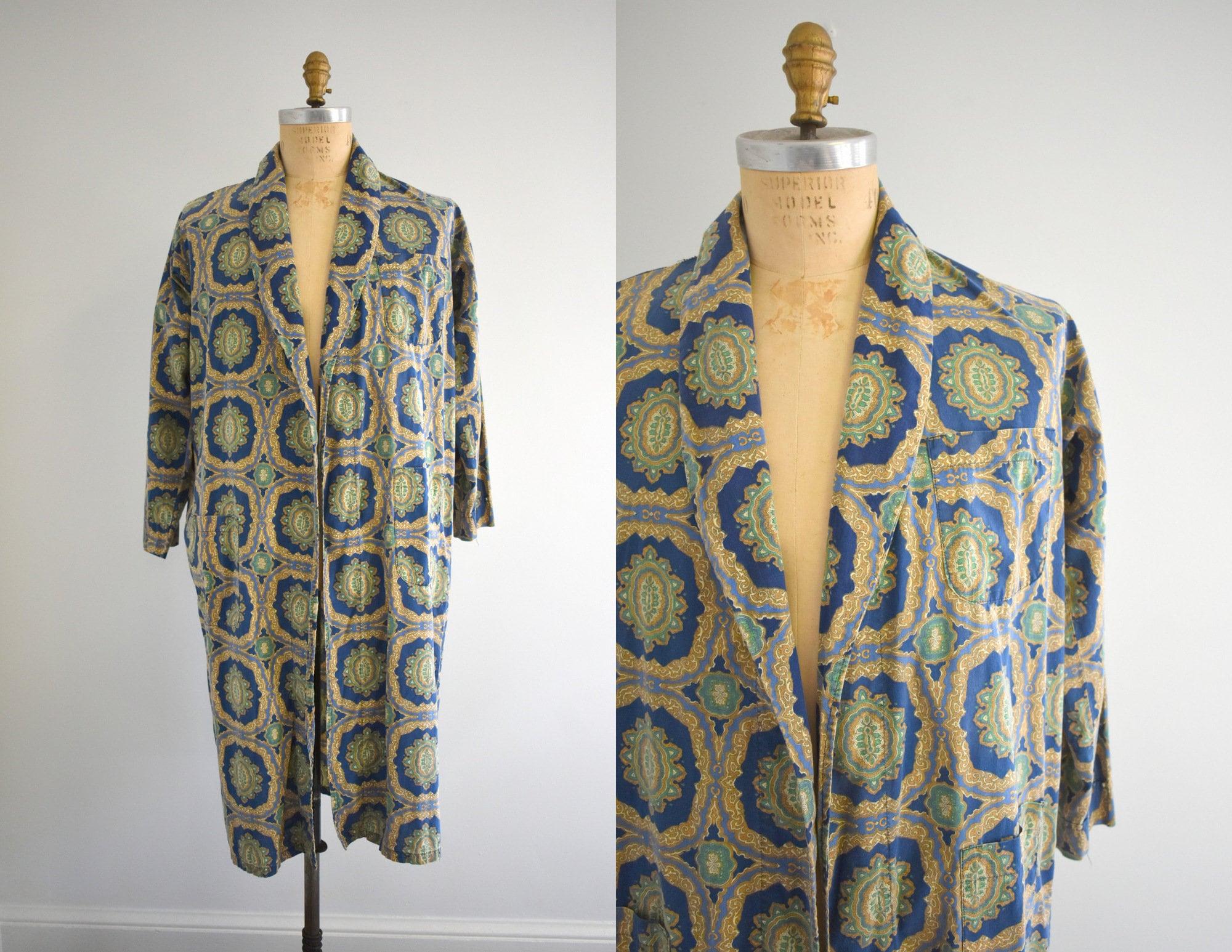 1960s – 70s Men's Ties | Skinny Ties, Slim Ties 1960S Printed Cotton Mens Robe $7.85 AT vintagedancer.com