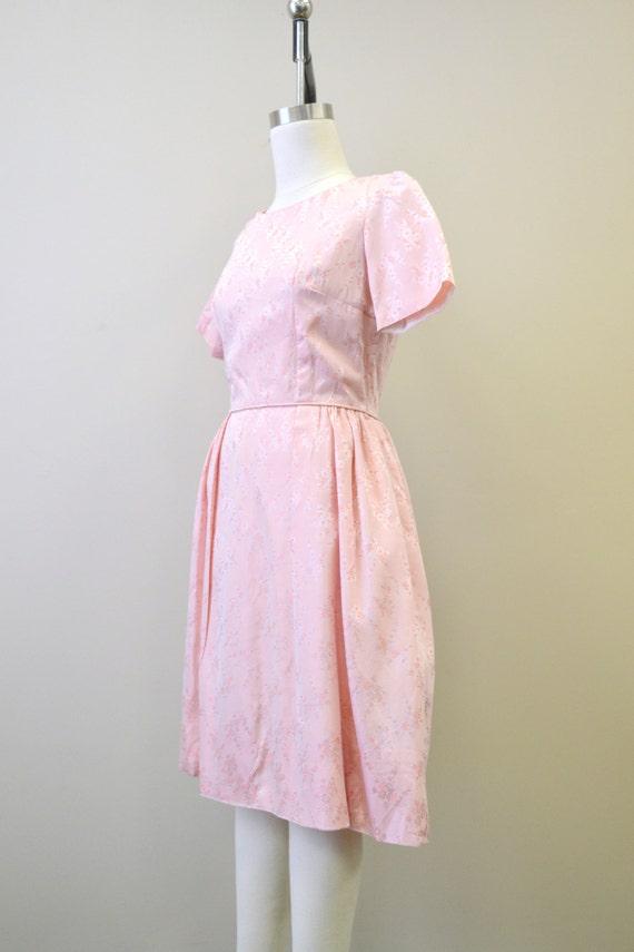 1950s Pink Brocade Dress - image 2