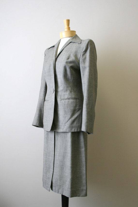 1940s Brown Mini Houndstooth Wool Skirt Suit - image 4