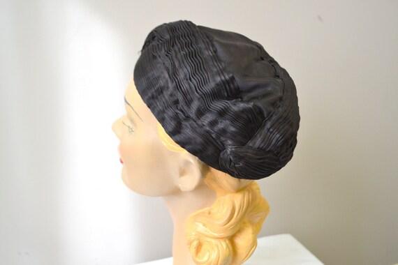 1930s Jean Patou Reproduction Satin Hat - image 5