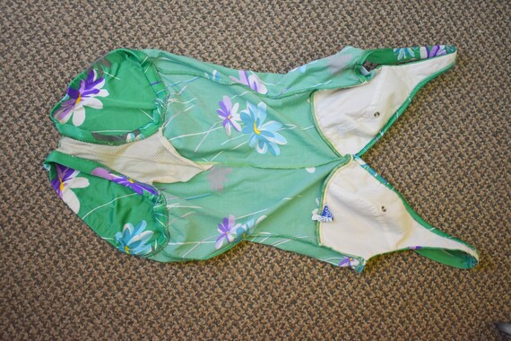 1970s Robby Len Green Floral Swimsuit - image 7