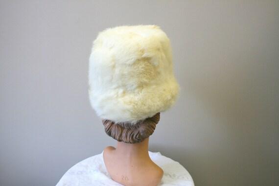 1960s White Rabbit Fur Hat - image 3