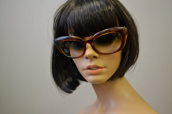 1960s Tortoiseshell Brown Oversized Sunglasses