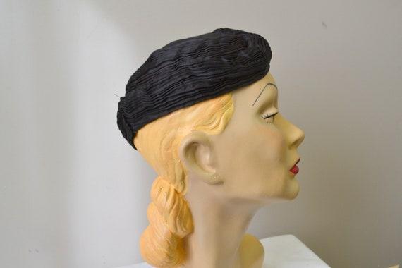 1930s Jean Patou Reproduction Satin Hat - image 3