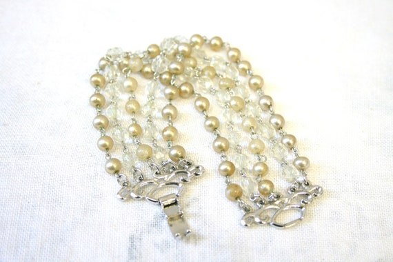 1960s Kramer Faux Pearl and Crystal Bead Bracelet
