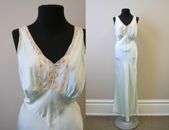 1930s/40s Mint Green Silk Bias Cut Night Gown