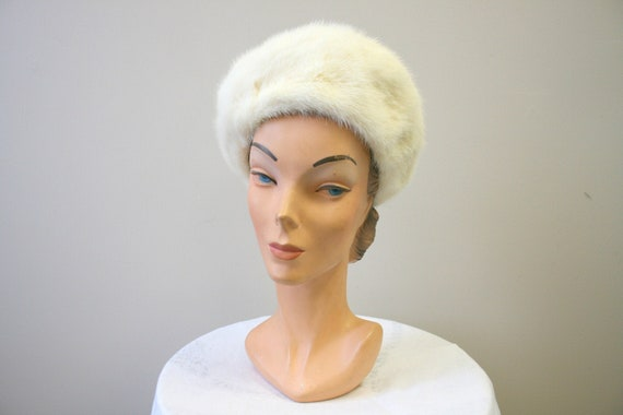 1960s Nikki White Fur Hat