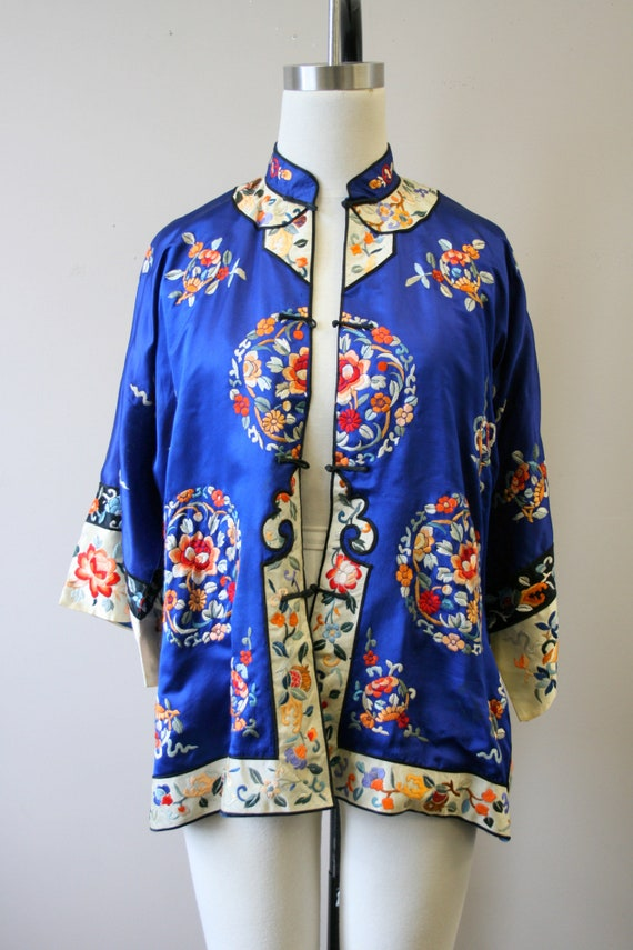 1930s Embroidered Chinese Blue Silk Jacket - image 3