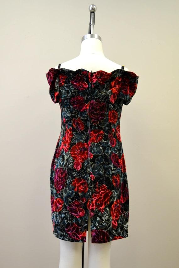 1980s Rose Print Velvet Mini Dress - image 5
