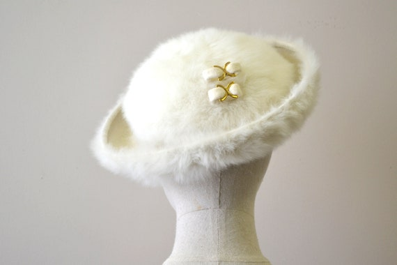 1950s Saks Fifth Avenue Cream Fur Felt Hat