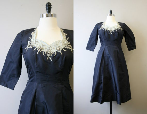 1940s/50s Navy Embroidered Silk Taffeta Cocktail D