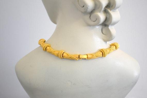 1980s St. John Gold Metal X Necklace - image 4