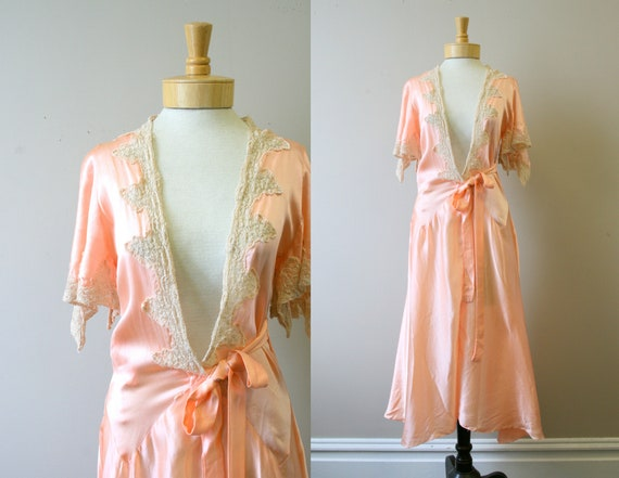 1920s/30s Coral Silk and Lace Robe