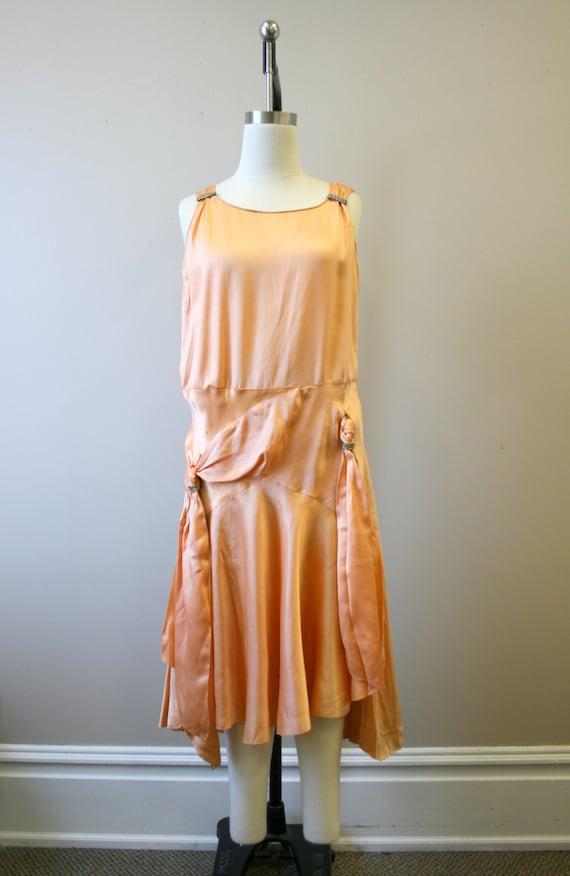 1920s/30s Peach Satin Drop Waist Evening Dress - image 3