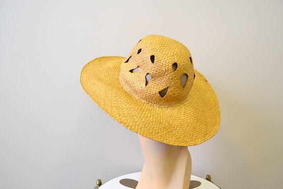 1930s Wide Brimmed Straw Sun Hat