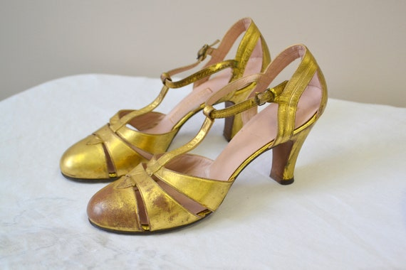 1930s Metallic Gold Leather T-Strap Heels
