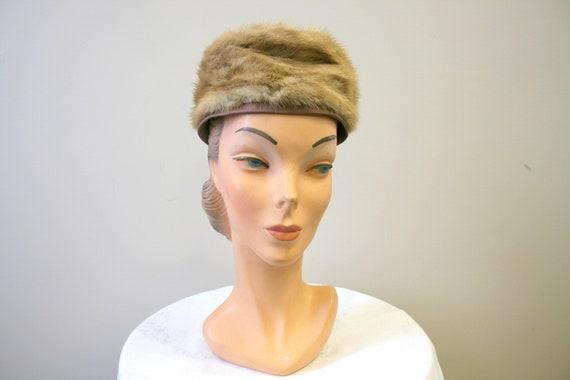 1960s Dece Blond Fur Hat - image 2
