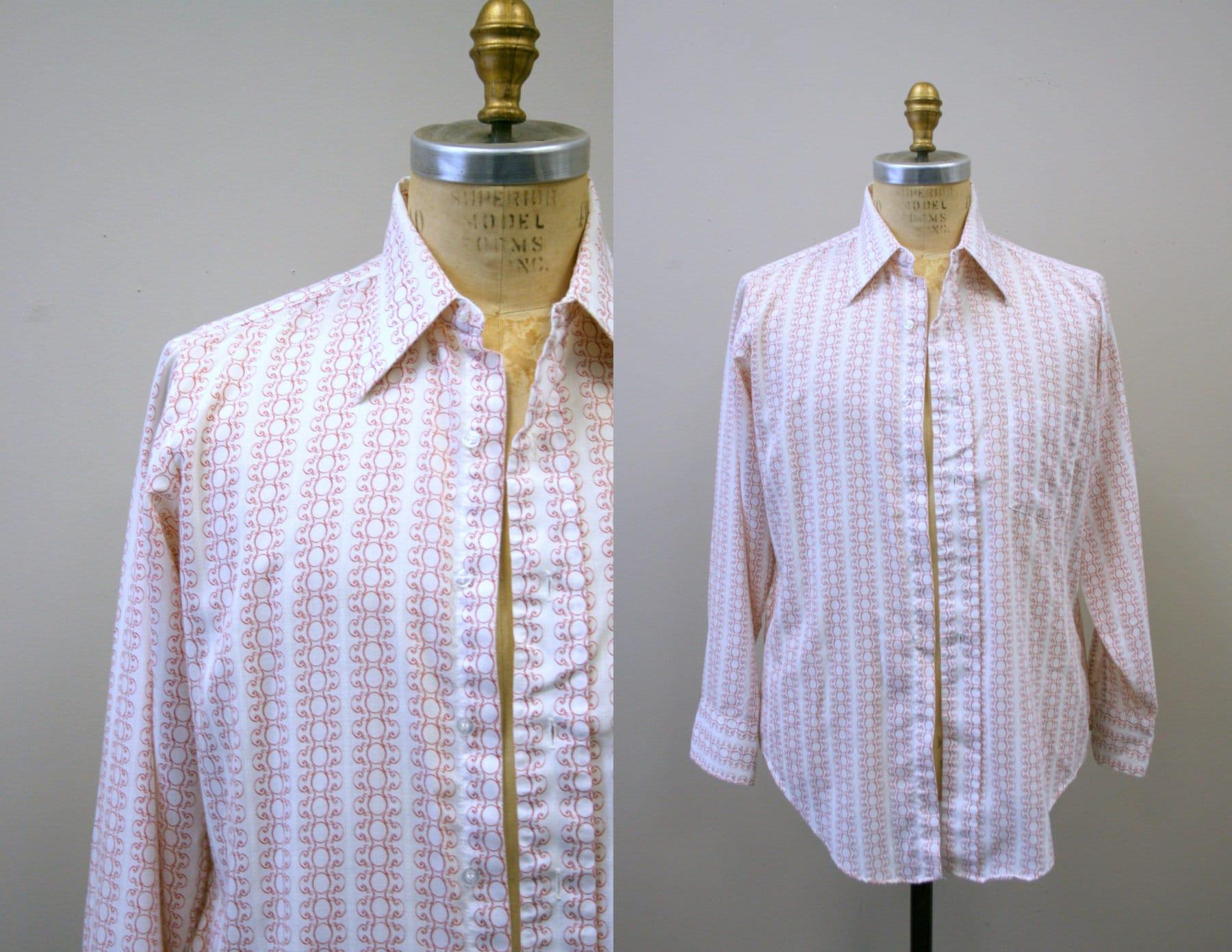 1970s Men's Shirt Styles – Vintage 70s Shirts for Guys 1970S Mens Red  White Printed Shirt $24.00 AT vintagedancer.com