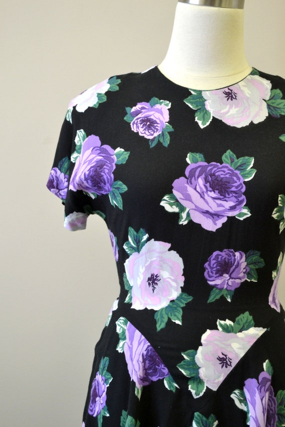1980s-does-40 Purple Rose Print Dress with Peplum - image 2