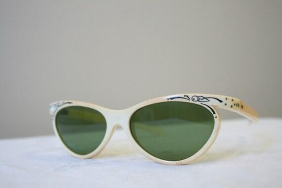1950s Cream Plastic Sunglasses