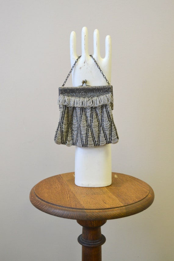 1920s/30s Clear and Black Beaded Purse - image 3