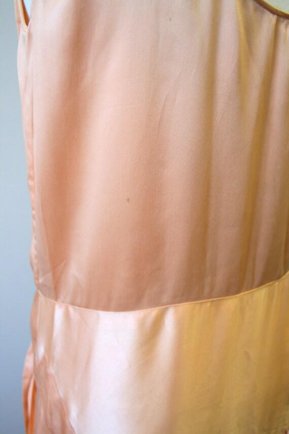 1920s/30s Peach Satin Drop Waist Evening Dress - image 9