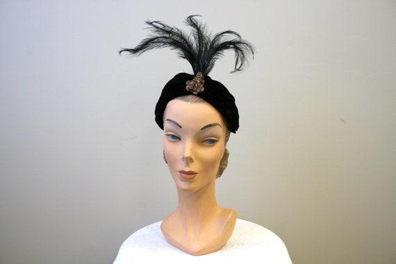 1940s Suzy Lee Velvet Turban with Feathers