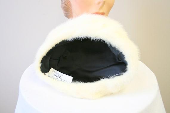 1960s Nikki White Fur Hat - image 5