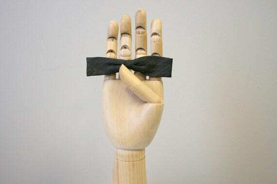 1950s Colonel Brown Skinny Clip Bow Tie