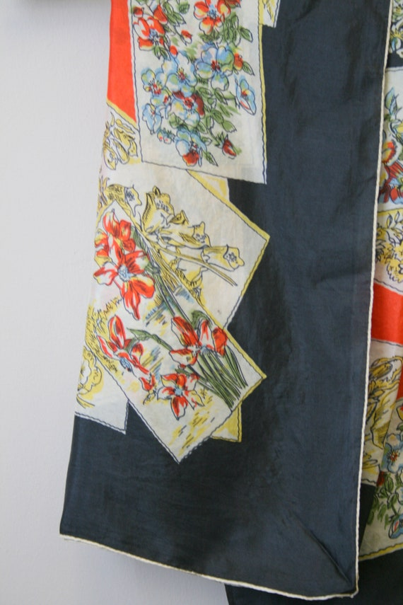 1940s Flower Print Silk Scarf - image 3