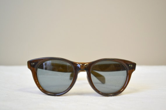 1960s Brown Sunglasses