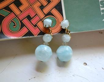 1960s Aqua Bead Dangle Clip Earrings