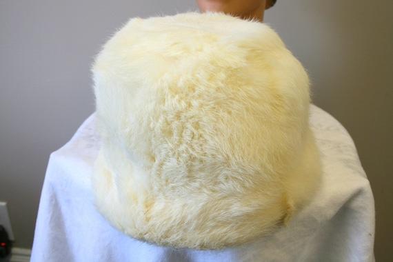 1960s White Rabbit Fur Hat - image 4